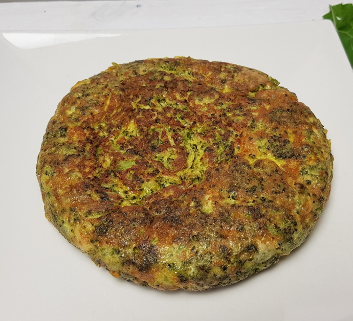 Receta de Tortilla de Brócoli y Ajos Confitados