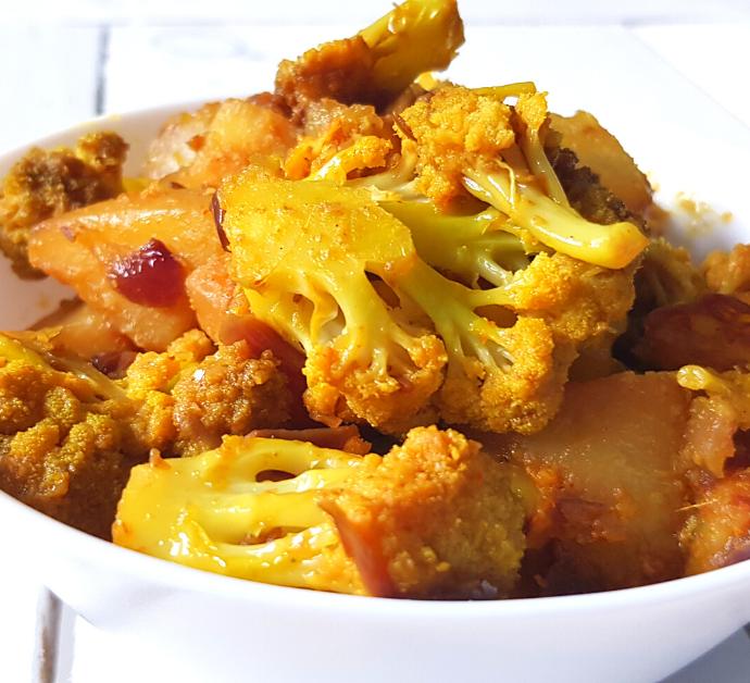 Receta India de Coliflor con Patatas, Aloo Gobi